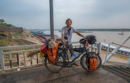 Photographer-Sebastian-Wehrle-exploring-Cambodia