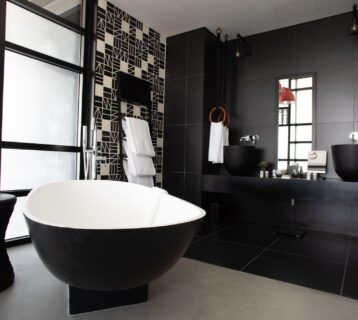 Sophisticated black interior bathroom design