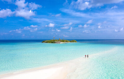 The-Maldives-is-a-popular-romantic-getaway-location