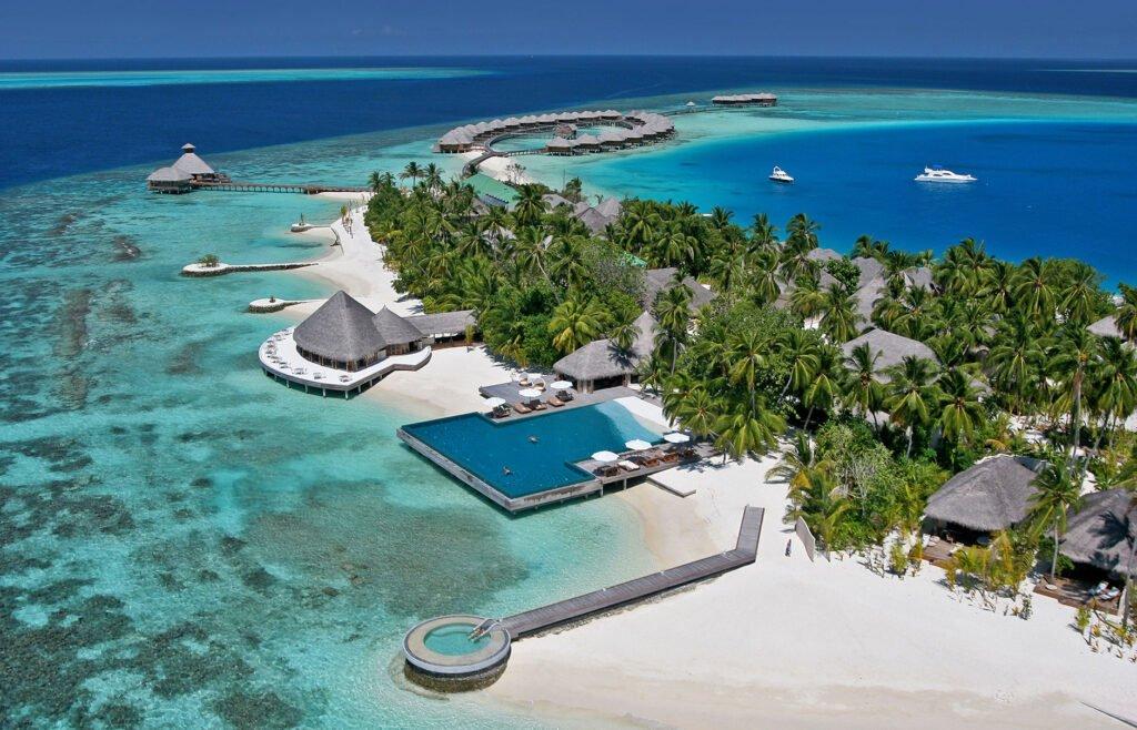 Huvafen-Fushi-in-the-Maldives