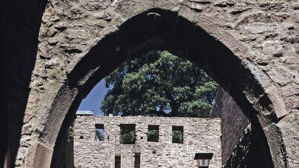 Castle-Hopping